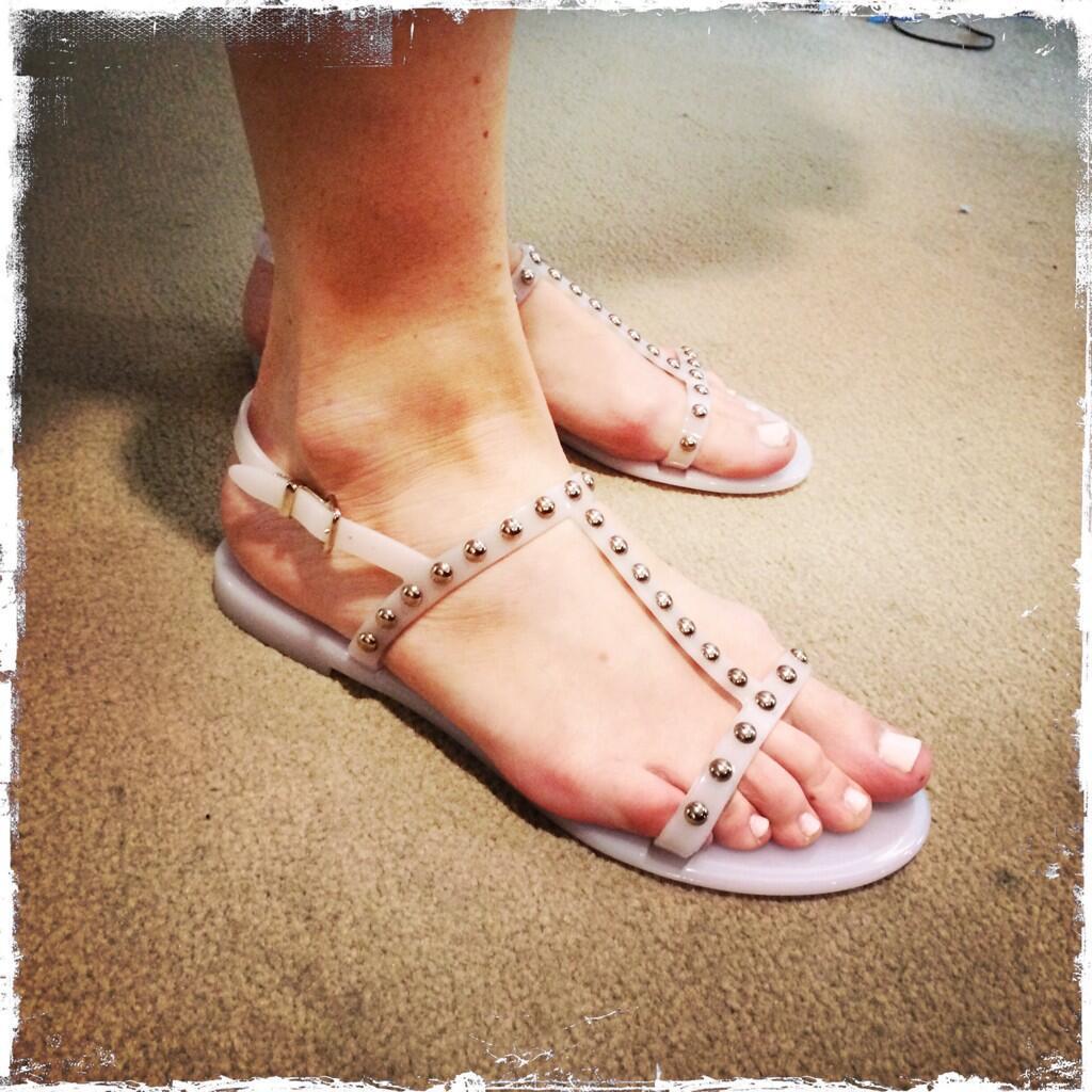 Sasha Alexander's feet