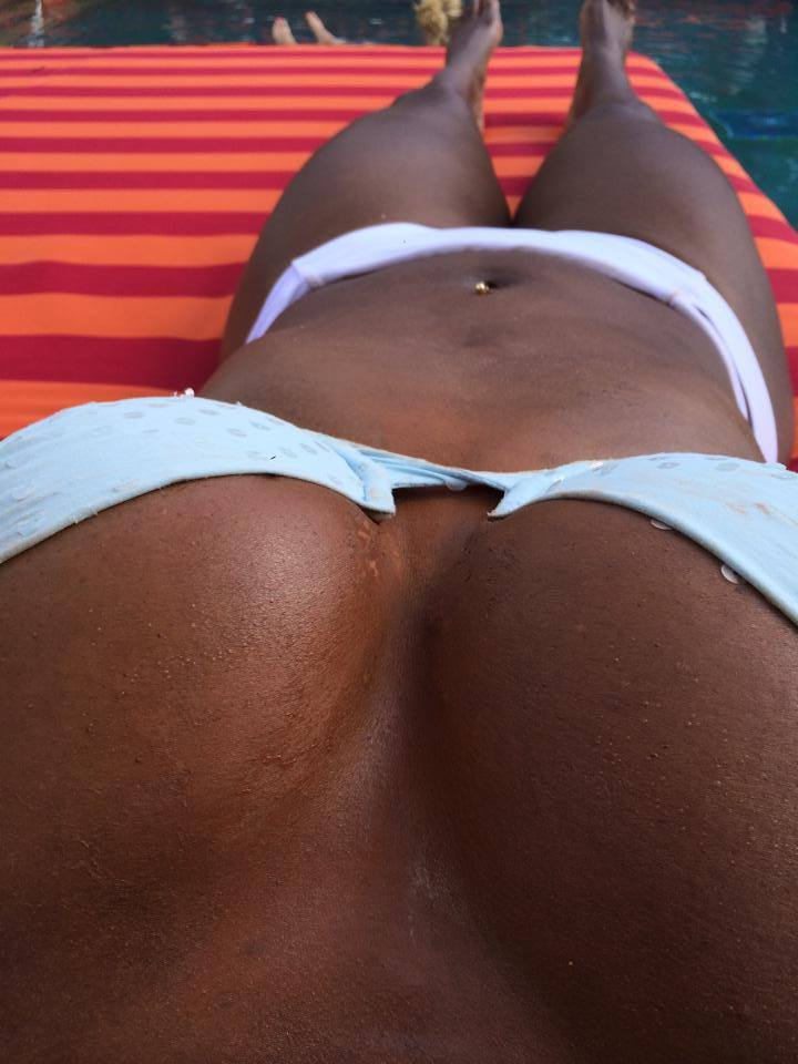 Serena Williams showing her tits