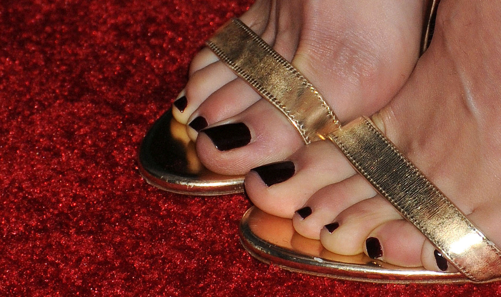 Emmy Rossum's toes