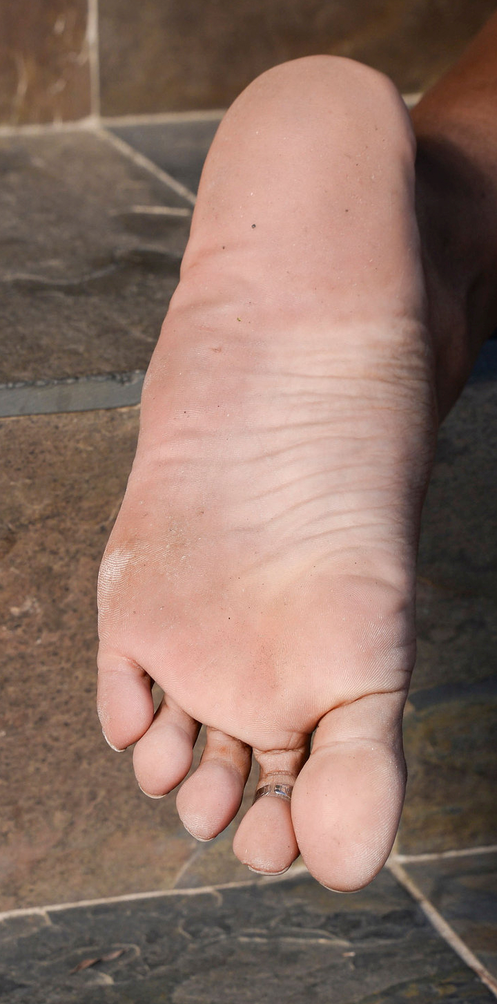 Camille Amore's foot