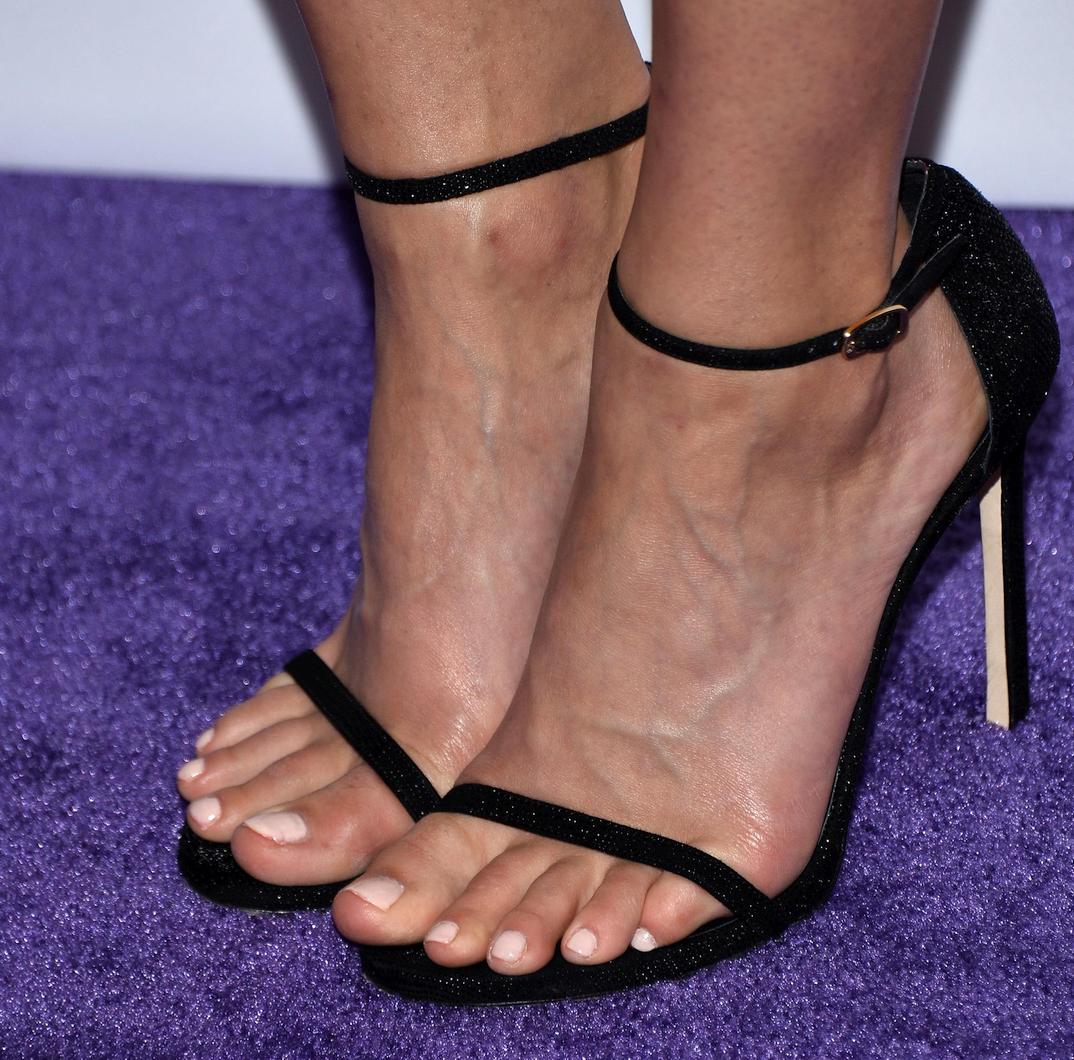 Crystal Reed's feet