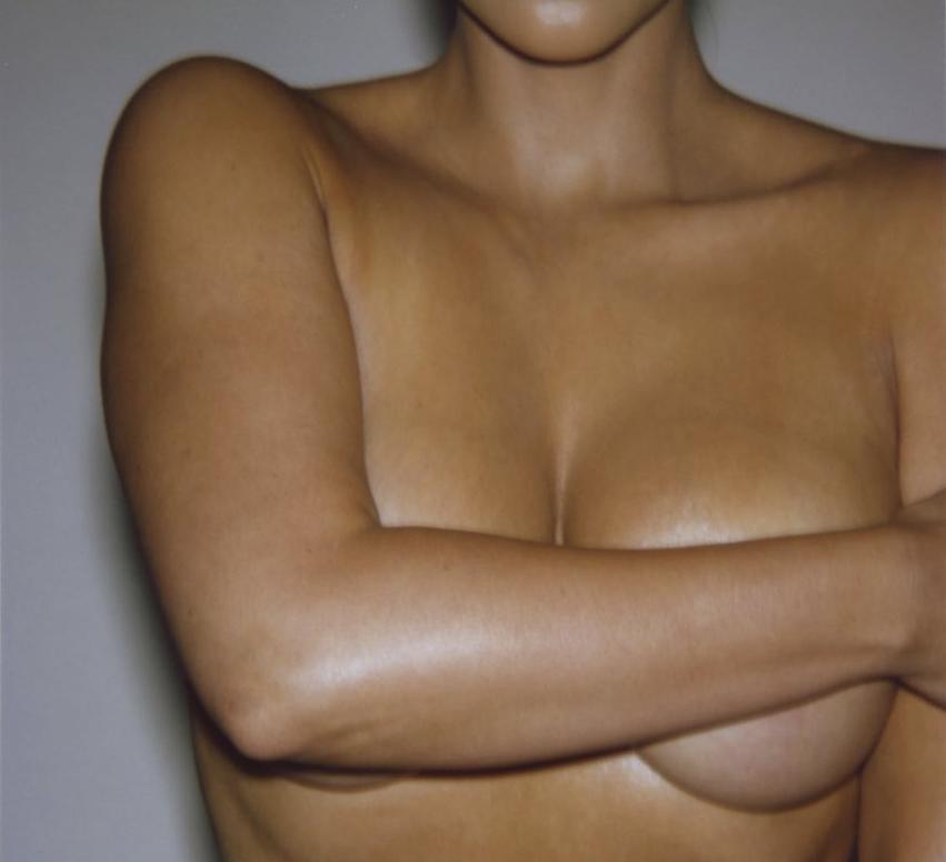 Kim Kardashian posing nude