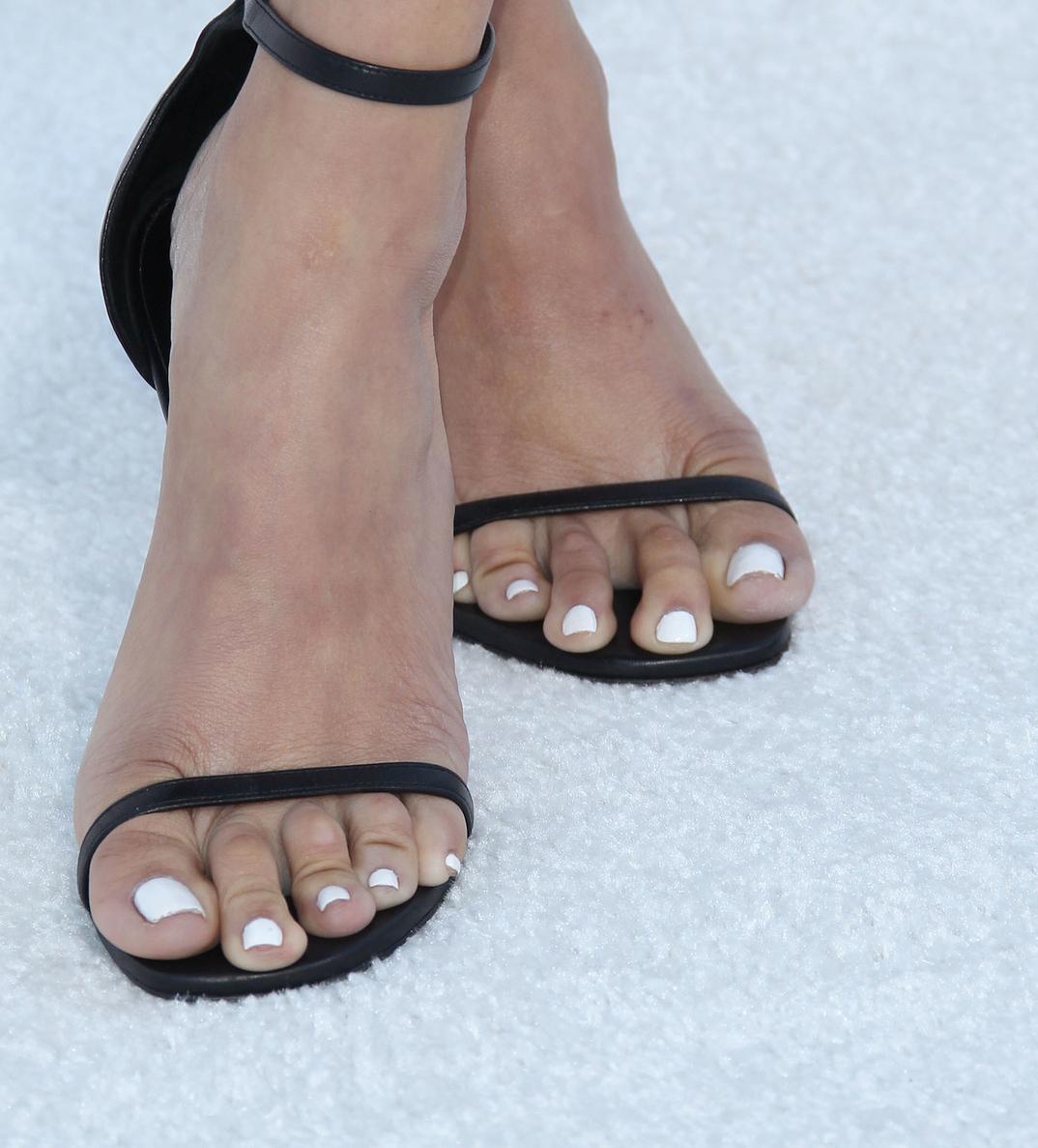 Draya Michele's feet