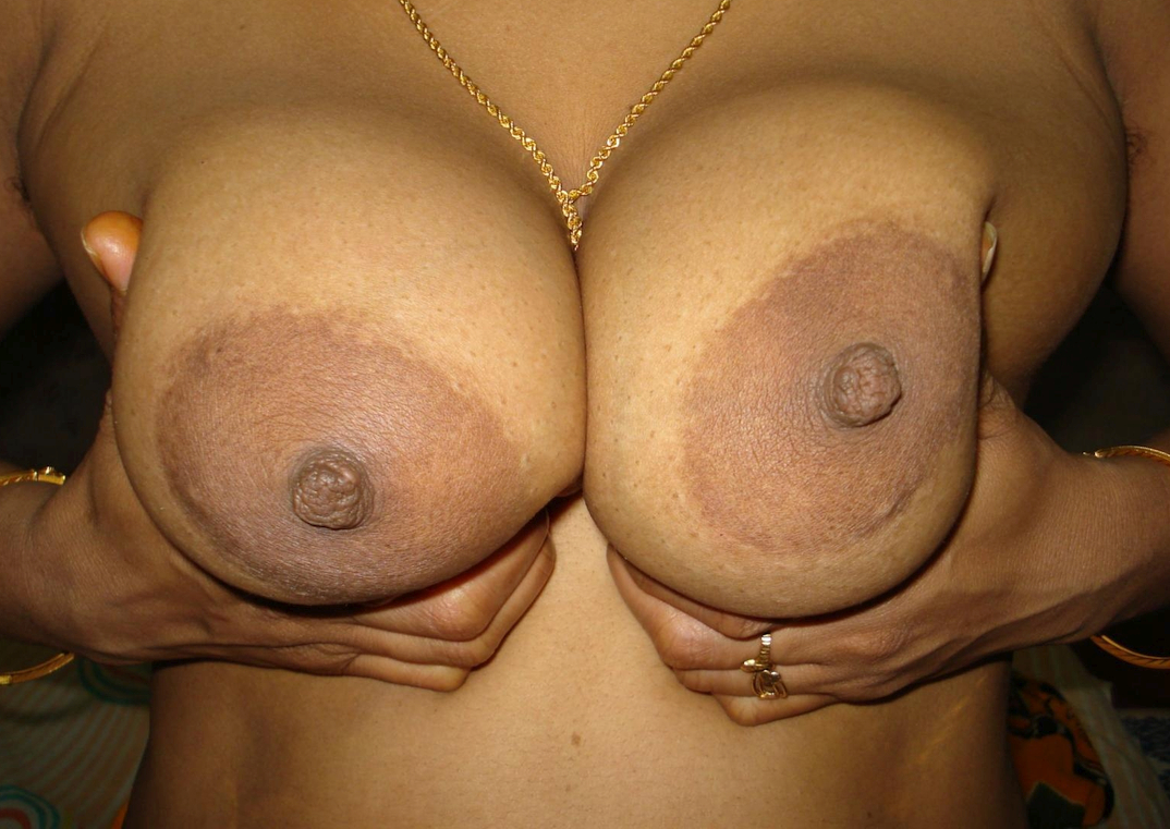 an Indian girl showing her tits