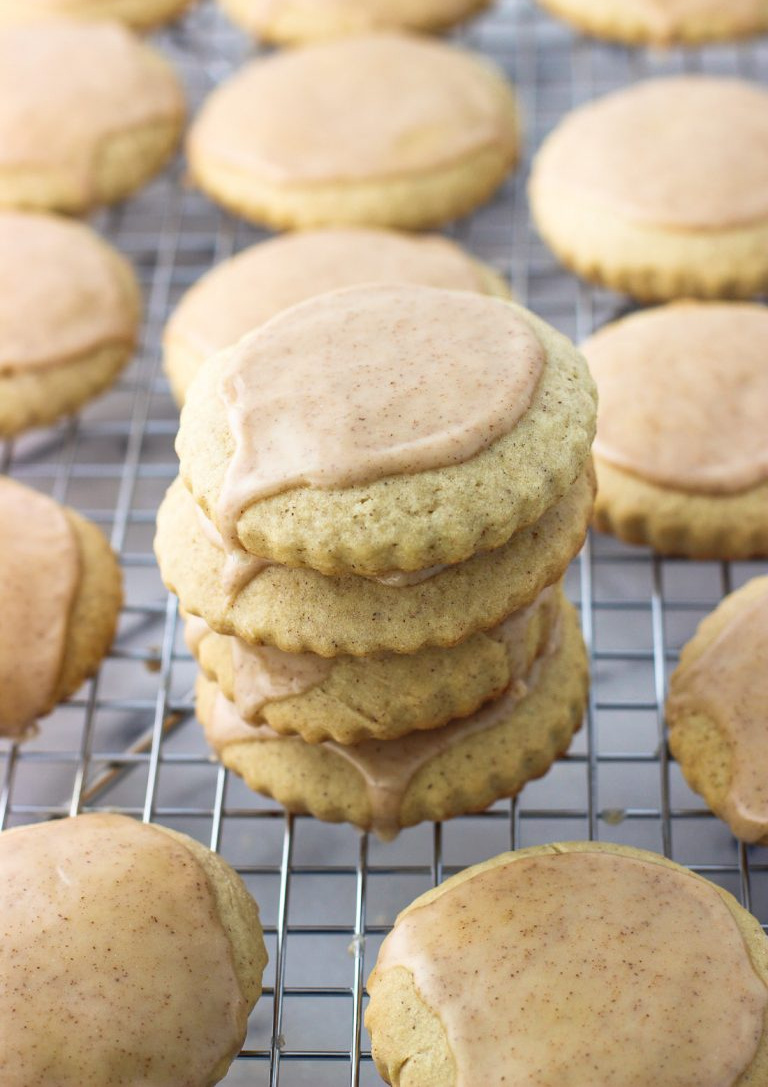 cinnamon maple sugar cookies