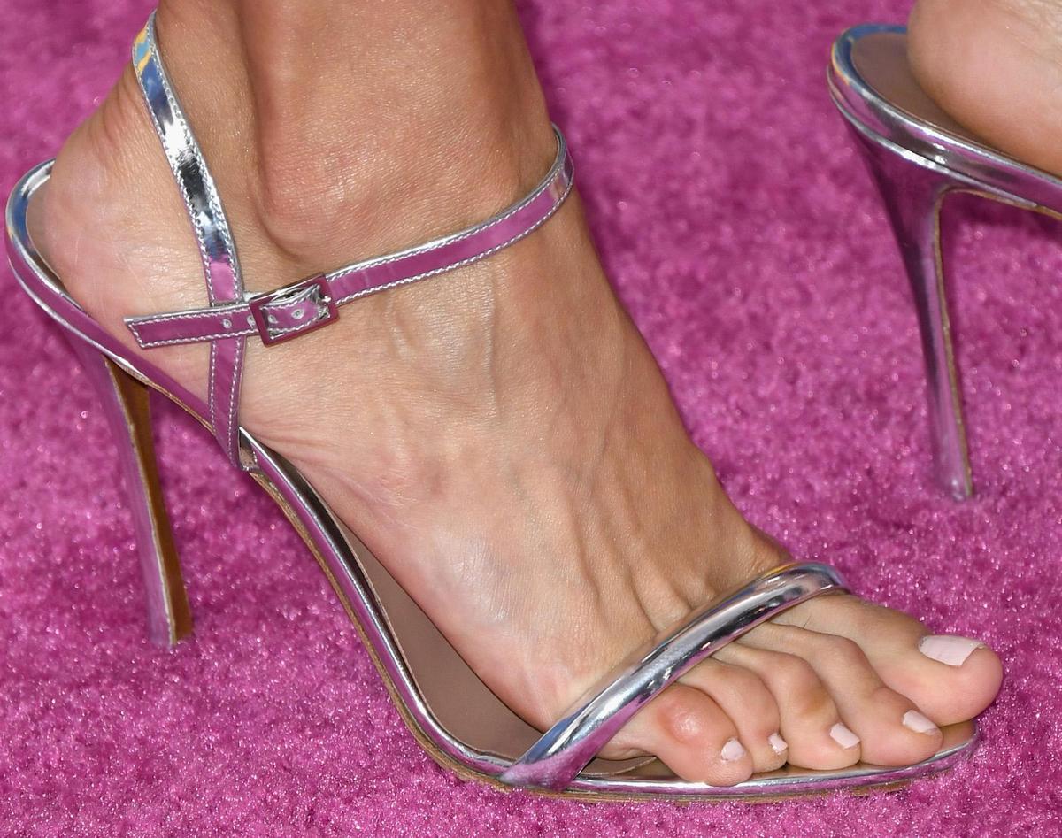Nina Dobrev's foot