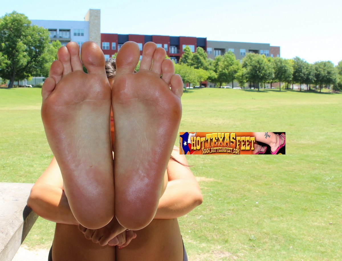 a Texas girl named Shellbie showing her feet