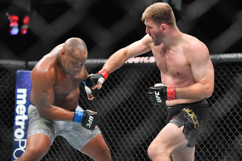 video review : UFC 241