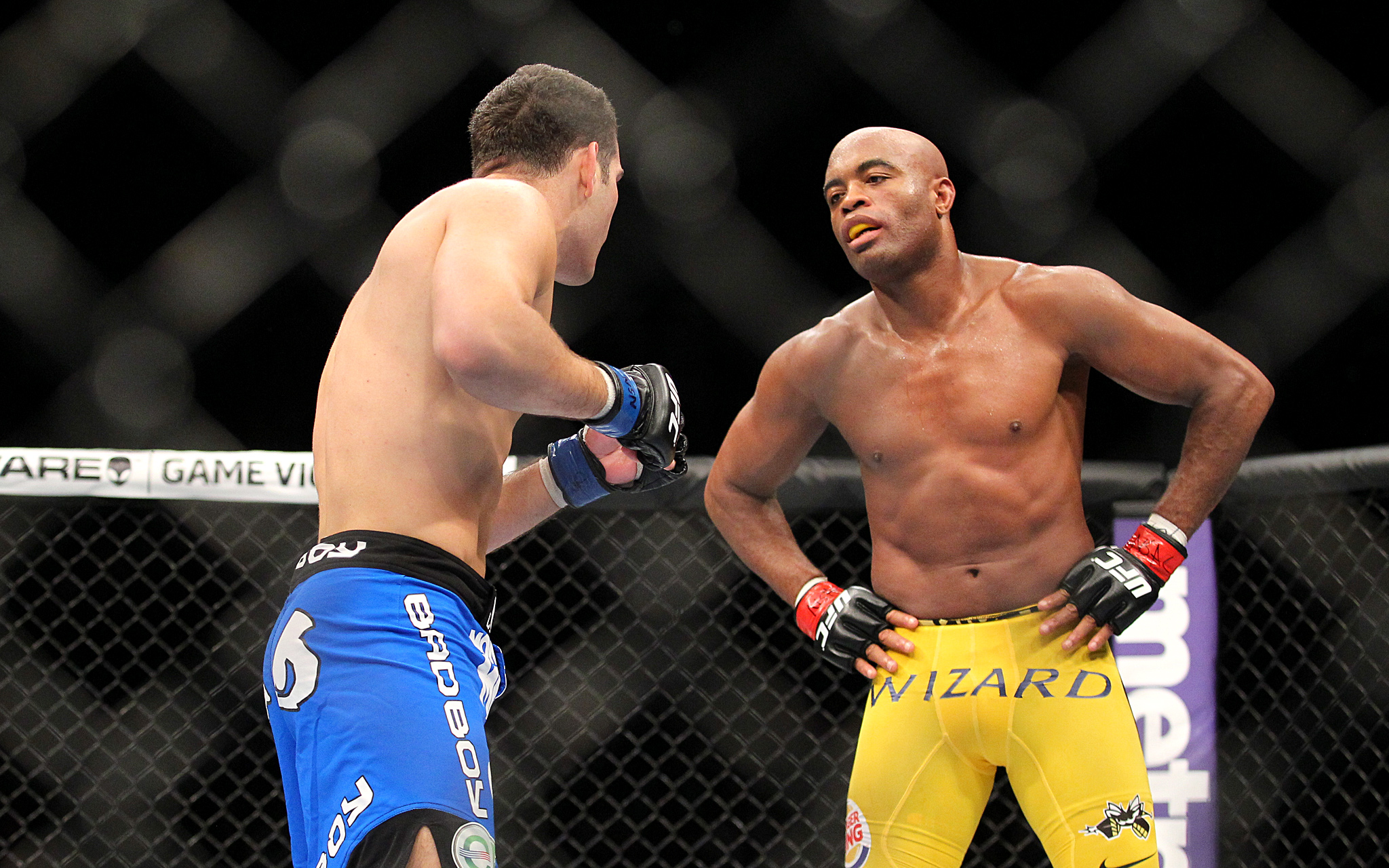 video review : Anderson Silva versus Chris Weidman at UFC 162