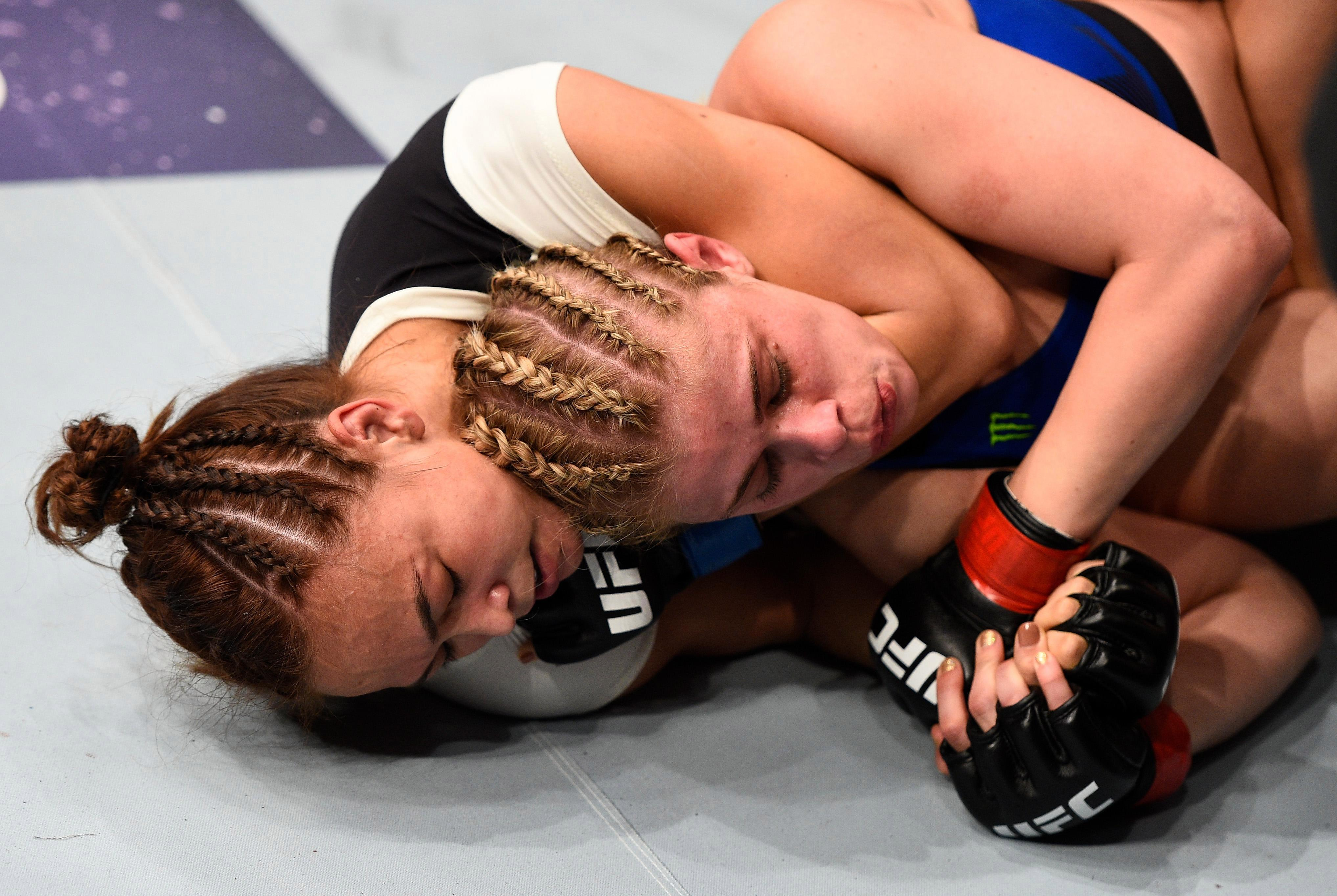 video review : Paige VanZant versus Michelle Waterson at UFC Fight Night