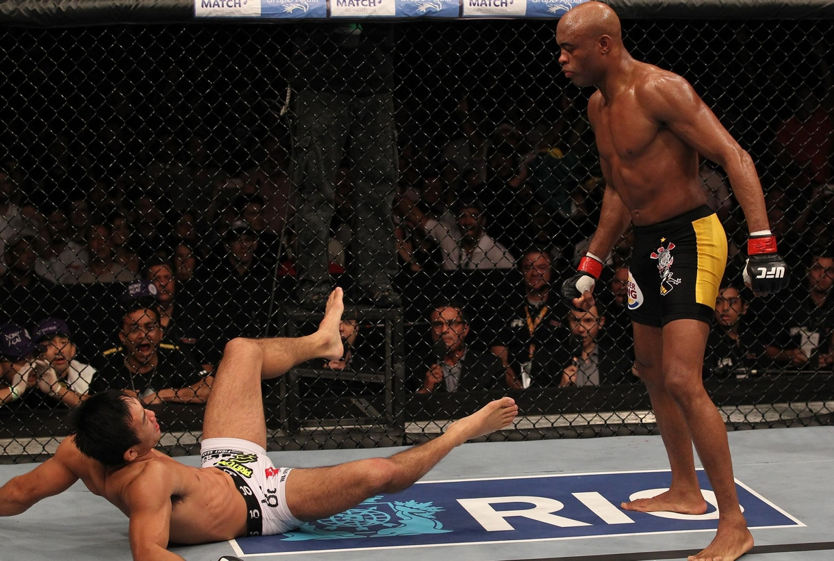 video review : Anderson Silva versus Yushin Okami at UFC 134
