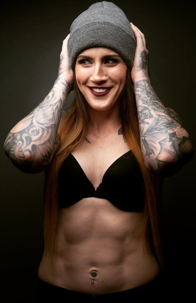 Megan Anderson's physical appearance