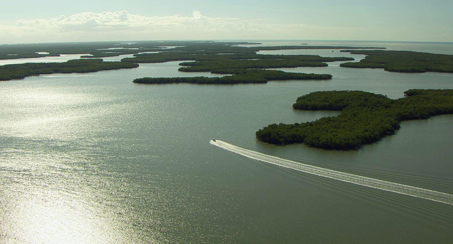 video review : Aerial America : Florida